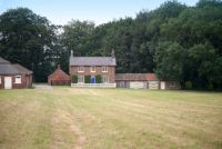 Holme Wold Cottage with 2 Bedrooms